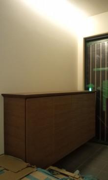 ウェンジ玄関収納の画像