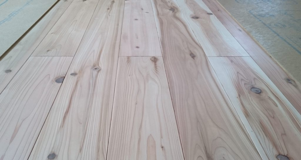 杉一等材床板の画像